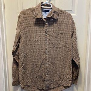 3/20 Tommy Hilfiger men's brown plaid button down